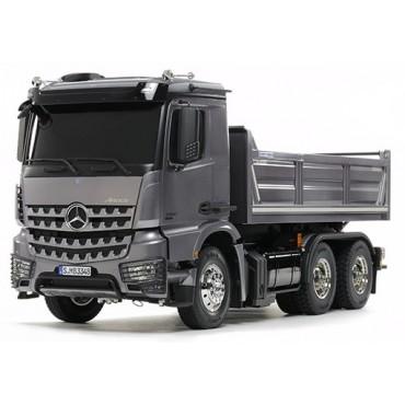 Camion Mercedes AROCS 3348 6×4 Trasporto Terra RC 1:14 Tamiya