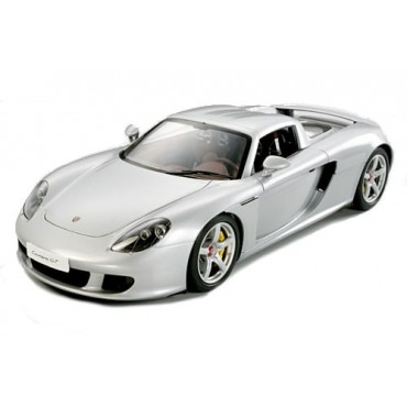 Porsche Carrera GT 1:12 montata